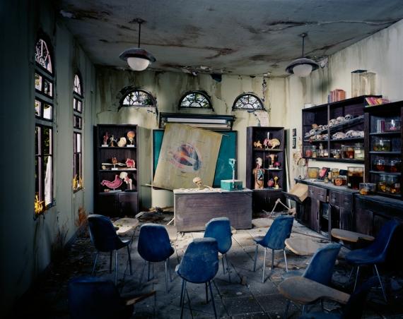 1.AnatomyClassroom